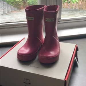 Toddler Fuschia Hunter rain boots sz UK 5 US6/7
